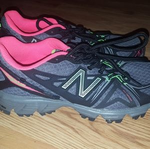 Women's New Balance sneakers size 6